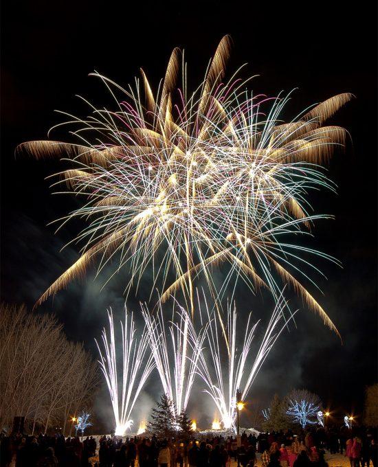 Royal Pyrotechnie - Concepteurs et distributeurs de feux d'artifice